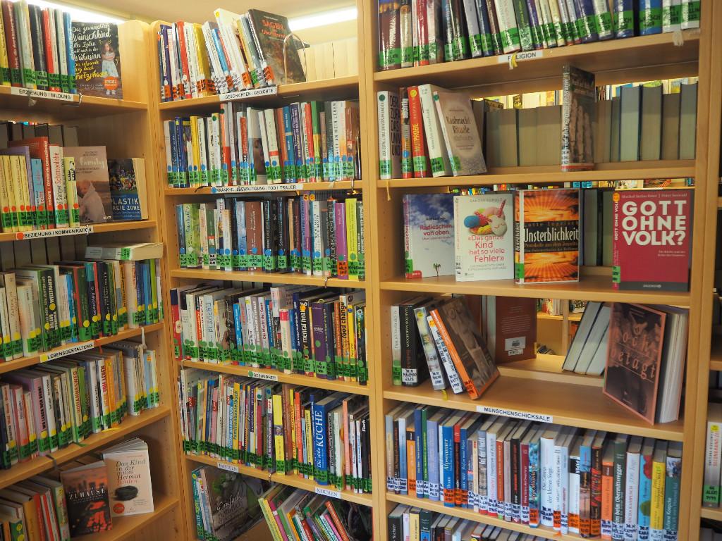 Bibliothek Neumarkt